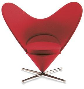 Heart-Cone-Chair-Miniatur-Gaetano-Pesce-Vitra-Design-Museum