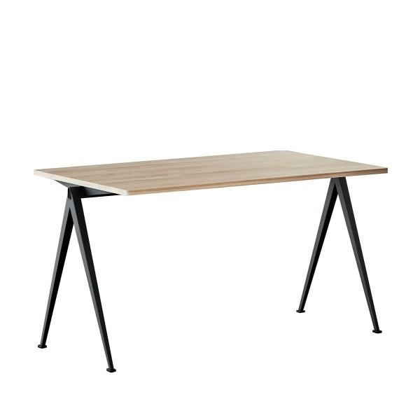 Hay-Ahrend-Pyramid-Tisch-Friso-Kramer-Wim-Rietveld