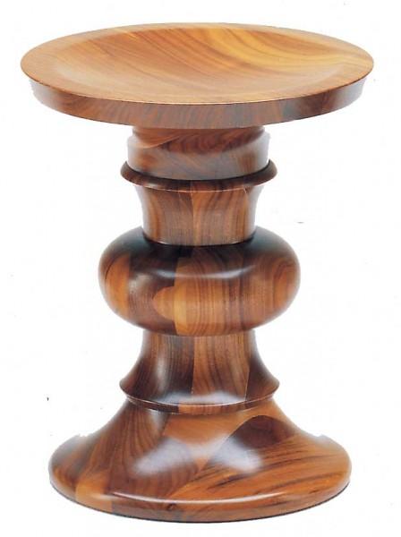 Vitra-Eames-stool-B-Nussbaumhocker