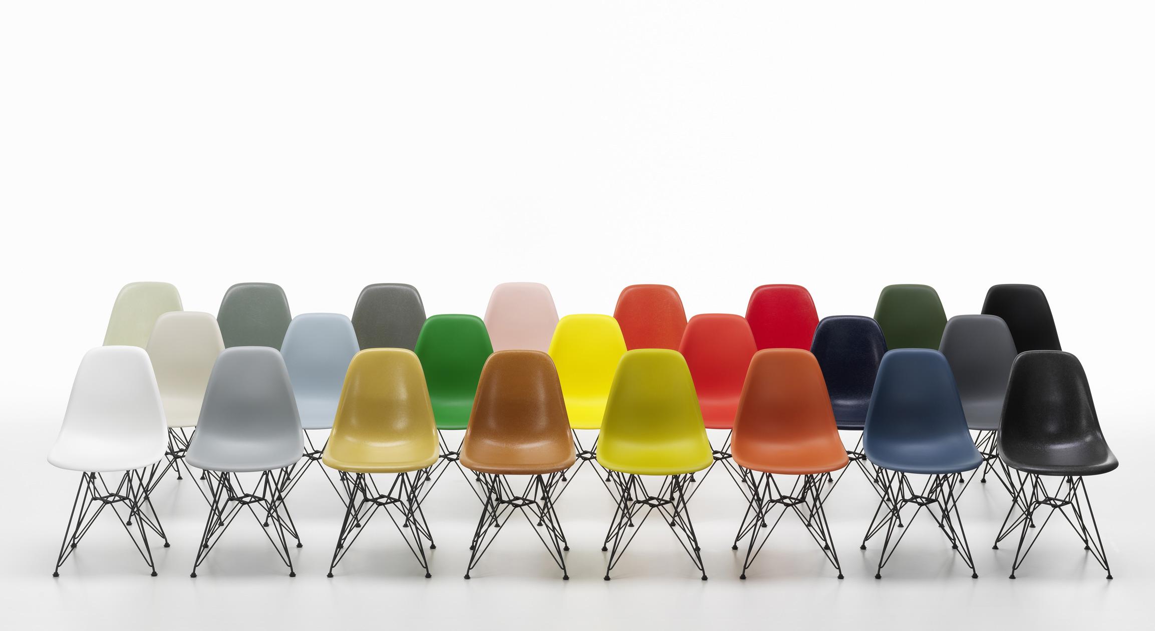 Neue Farbpalette für die Eames Plastic Chairs von Vitra