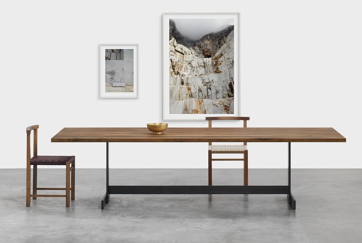 E15 Tisch und Stuhl