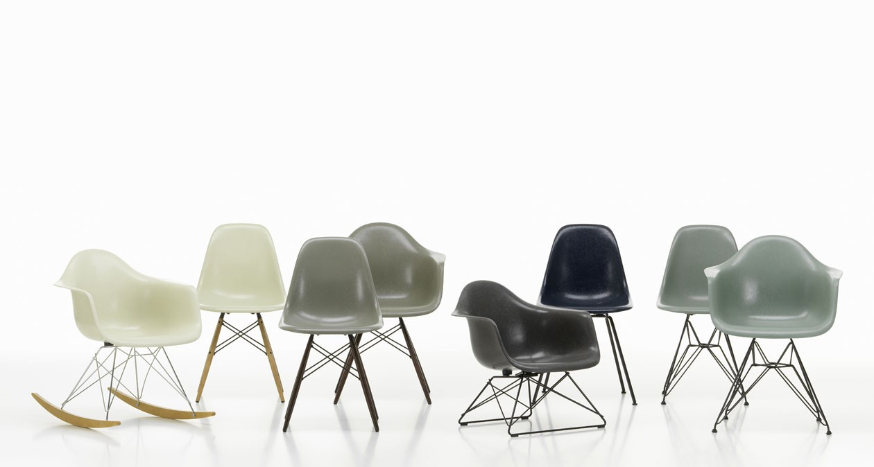 3111709_Eames-Fiberglass-Side-Armchair_master23wa6GuV7WMkp