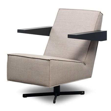 Press-Room-Chair-Gerrit-Rietveld-Spectrum