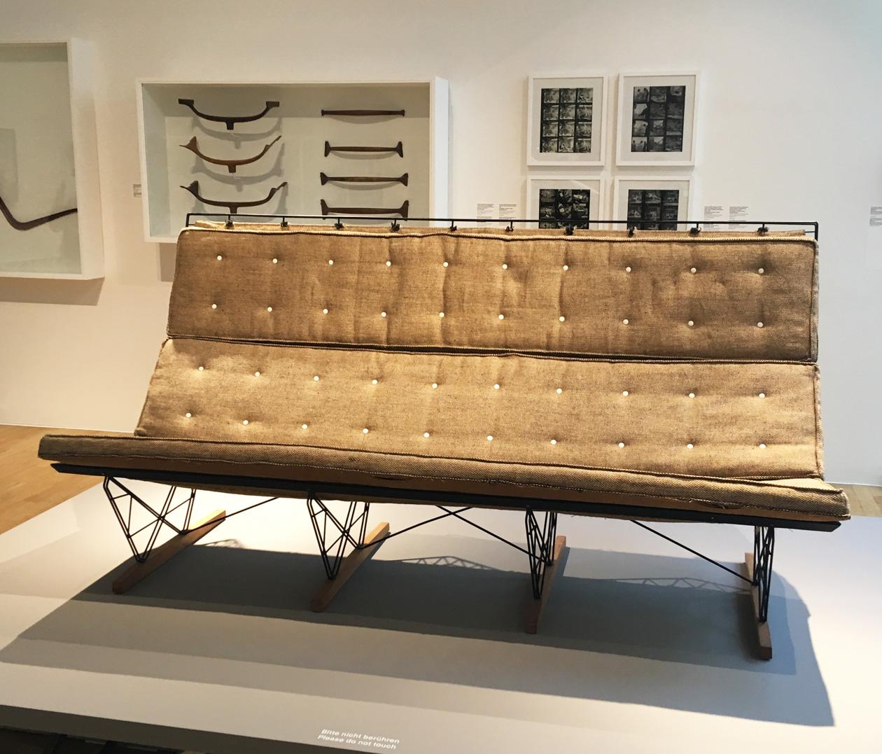 eames ausstellung im vitra design museum markanto. Black Bedroom Furniture Sets. Home Design Ideas