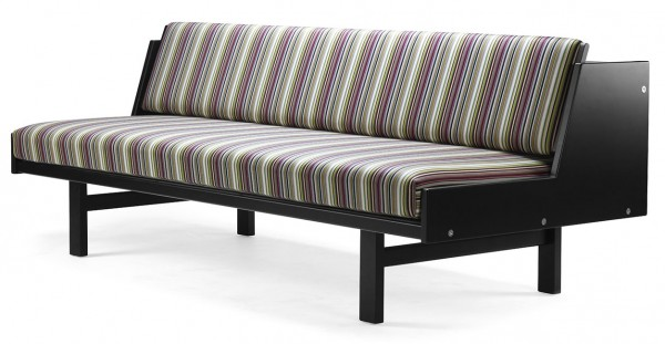 GE 258 Daybed