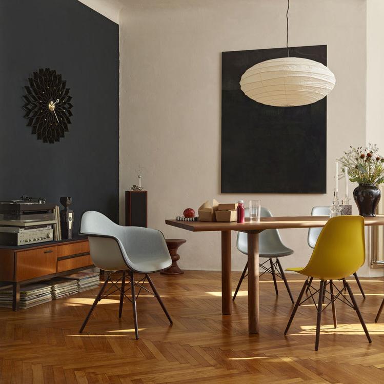 Eames Plastic Side Chair Dsw Mit Vollpolsterung Von Charles Und Ray