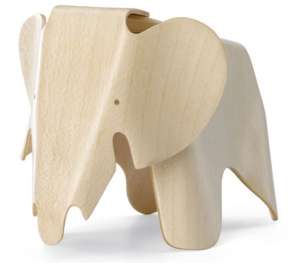 Elephant-Miniatur-Charles-Ray-Eames-Vitra-Design-Museum
