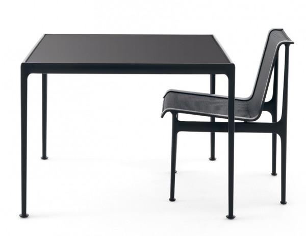 Knoll-Gartentisch-Richard-Schultz-1966-Dining-Table-quadratisch