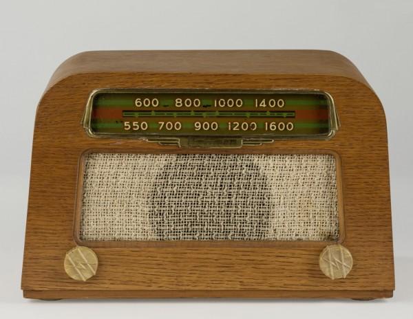 Hofman-Eames-Radio