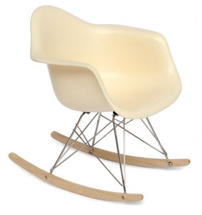 RAR-Rocking-Arm-Chair-Miniatur-Charles-Ray-Eames-Vitra-Design-Museum