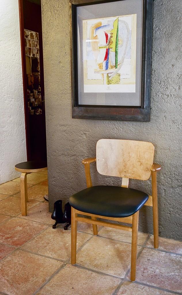 Artek_Tapiovaara_Domus_Chair_Finland_100_1__Photo_Zara_Pfeifer