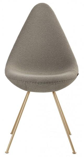 Arne-Jacobsen-drop-chair-gold-edition-Fritz-Hansen