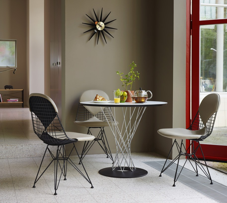 Dining-Table-Wire-Chair-DKR_267426_master