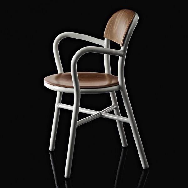 Magis-Jasper-Morrison-Pipe-Armchair