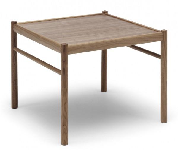 Ole-wanscher-colonial-table-Carl-hansen
