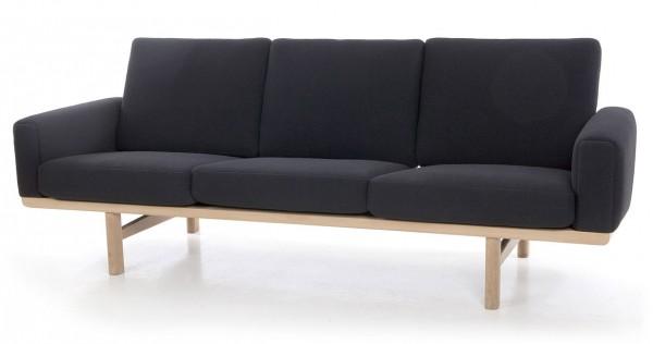 Getama-GE-236-Sofa-Hans-Wegner