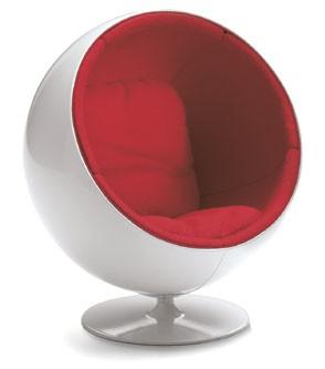 Ball-Chair-Miniatur-Eero-Aarnio-Vitra-Design-Museum
