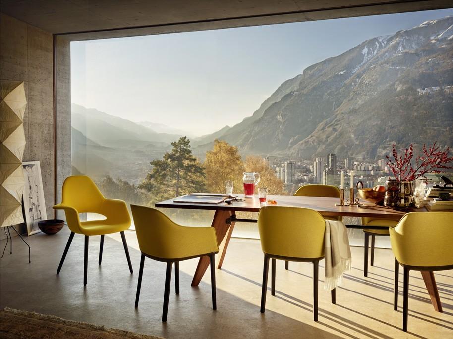 Organic-Chair-Softshell-Chair-Table-Solvay_341441_master