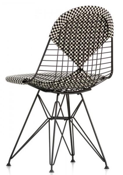 eames-Wire-Chair-DKR-2-Checker-Alexander-Girard