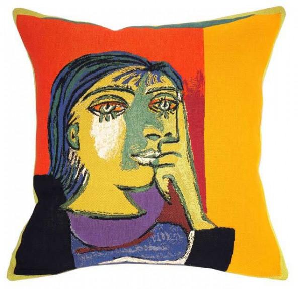 Picasso-kissen-dora-maar-Jules-Pansu