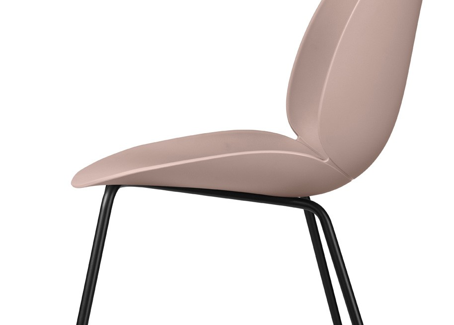 Beetle_Chair_gubi_Side