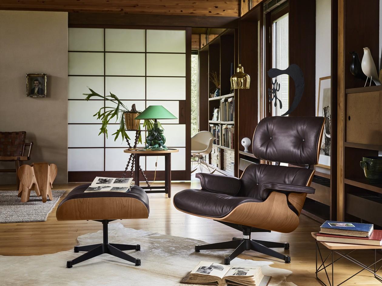 Lounge-Chair-Ottoman-Occasional-Low-Table-LTR-Eames-House-Bird-white-Ceramic-Clock-Eames-Plastic-Armchair-RAR-cream-Eames-Elephant-Plywood-_1876890_master