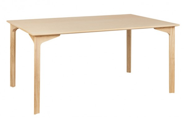 Fritz-Hansen-grand-prix-Table-Jacobsen