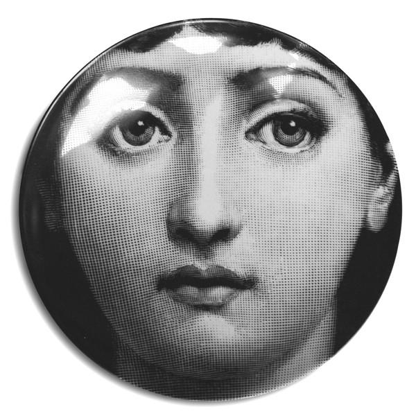 Fornasetti-Wandteller-1-Frau-Piero-Fornasetti