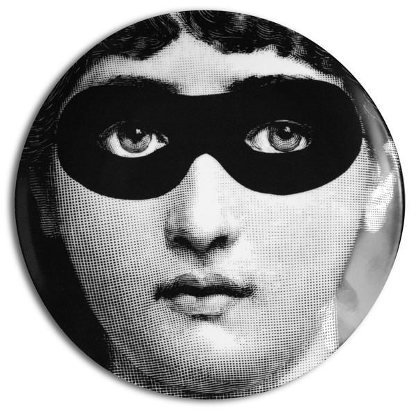 Fornasetti-Wandteller-22-Maske-Piero-Fornasetti