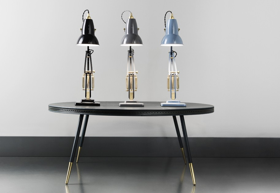 Anglepoise_Original1227_Brass_Collection_Lifestyle_001