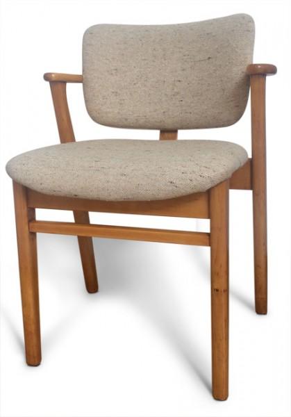 Knoll-Domus-Chair-Ilmari-Tapiovaara